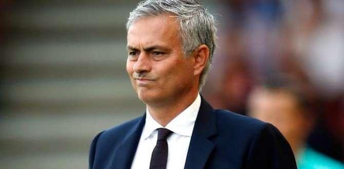 Mourinho'ya men ve para cezası