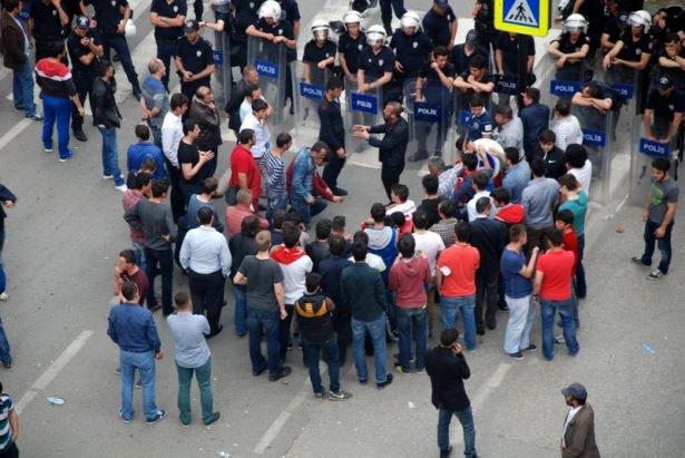 HDP mitinginde tehlikeli gerginlik!